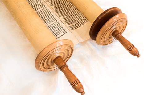 새 언약 유월절, 두루마리 성경